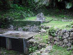 知念大川の水溜と拝所