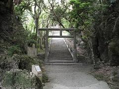 突き当りがシルミチュー霊場入口です